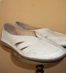 Kožne krem cipele baletanke  vrhunski kvalitet