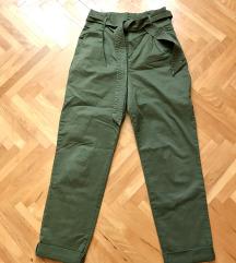 H&M pantalone  *NOVE*