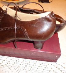 Pollini ,original italijanska cipela na pertlanje