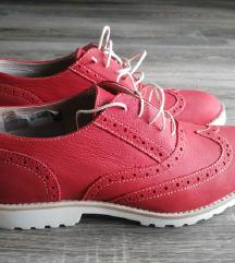 BATA crvene kozne cipele nenosene