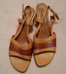 700d-kozne sandale TAMARIS br.39 kao NOVE