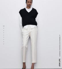 Zara bele pantalone,na crtu❤