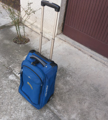 kofer ranac avion