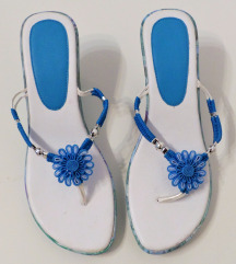 Papuce 40 (25.5cm) NOVO!