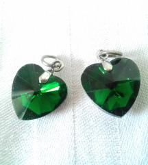Privesci zeleno srce - kao Swarovski - RASPRODAJA