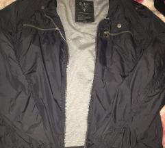 Guess jaknica Akcija