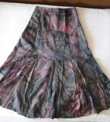 Predivna i raskošna suknja