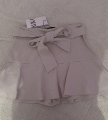 Zara suknja sorts novo