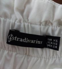 Bele pantalone.Nove.