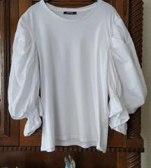 Zara bela bluza sa puf rukavima