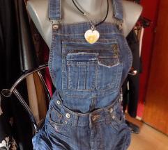 Mini suknja na tregere