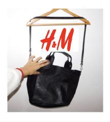 H&M crna torba kao •NOVA•