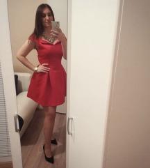 Crvena puf haljina