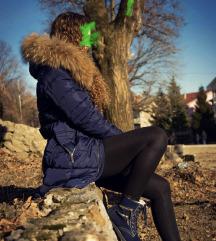 Teget zimska jakna sa prirodnim krznom