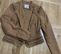 SNIZENjE Zenska braon jaknica