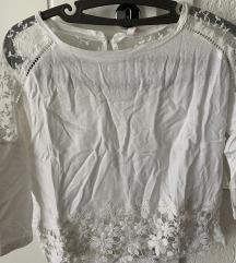 Bershka majica- bluza