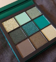 Huda Beauty mini paleta