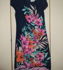 Teget haljina sa cvetnim dezenom