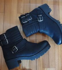 Graceland crne čizme