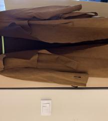 Kaput od hentika, khaki boja