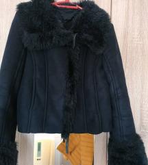 Zara bundica crna