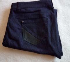 Pantalone sa forom
