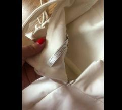 Zara bela haljina