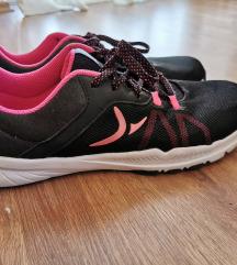 Nove Decathlon patike za trcanje