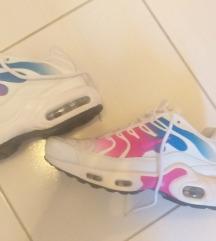Nike br 37