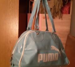 Puma torbica i gratis kapa