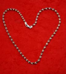 Srebrna ogrlica sa pozlatom