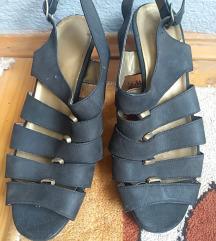 Grcke crne sa detaljima, ravnije sandale