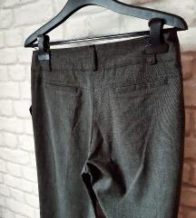 Kapri pantalone (Avangardia concept store) - NOVO
