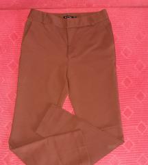 Pantalone 2 za 700