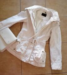 Savrsena bela jakna vero moda 👑rasprodaja