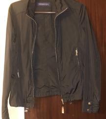 Jesenja crna zenska jakna