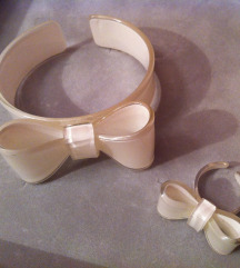 Bele mašnice od plastike - narukvica i prsten