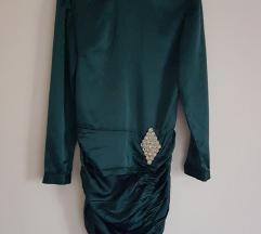 Smaragdno zelena satenska haljina