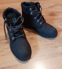 Crne zimske cipele br. 37