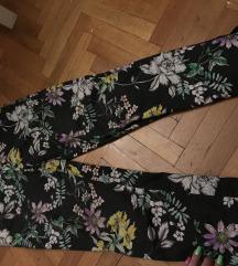 snizenooo! Prelepe H&M pantalone