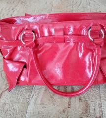 Crvena torba na prodaju