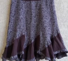 Zanimljiva suknja vel.38