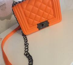 Chanel boy orange torba