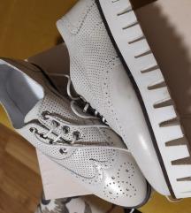 ZUMBANE kozne cipele 36  oksford nove