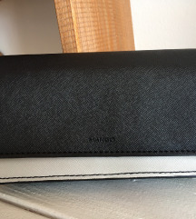 Mango crno beli novčanik torbica