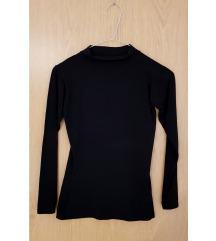 Crna majica polurolka