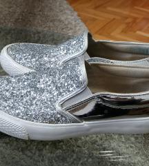 GPoint srebrne svetlucave patike SNIŽENO