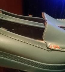 Intenzivno plave cipele