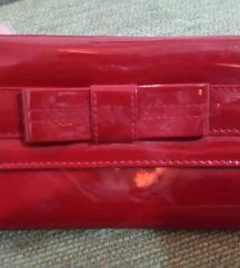 crveni lakovani novcanik avon