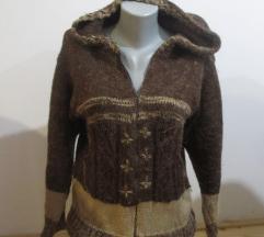 Džemper s kapuljačom